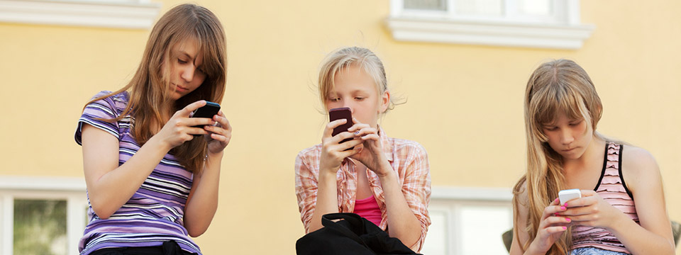 Girls on Mobile